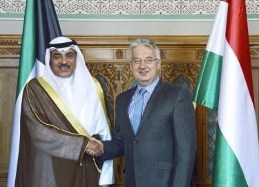 kuvaiti miniszterelnök-helyettes