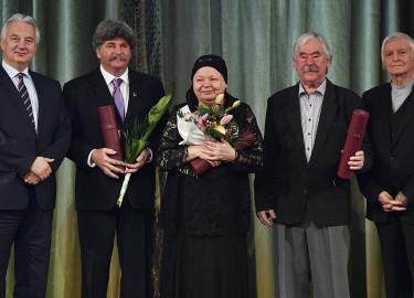Dévényi Sándor; CSUKÁS István; Fekete György; Semjén Zsolt; Kiss Anna