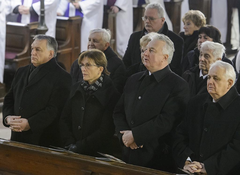 LÉVAI Anikó; ORBÁN Viktor; SEMJÉN Zsolt; LATORCAI János; SEREGÉLY István