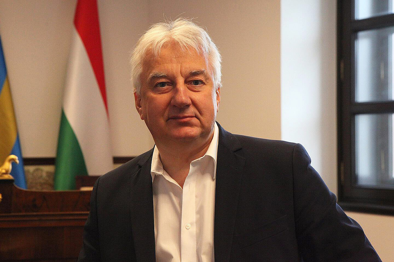 A Tagespost interjúban Semjén Zsolt bírálja az Európai Uniót, Magyarországnak az EU-ból történő kilépése azonban számára egyáltalán nem jön szóba. Fényképek: Christoph Hurnaus.